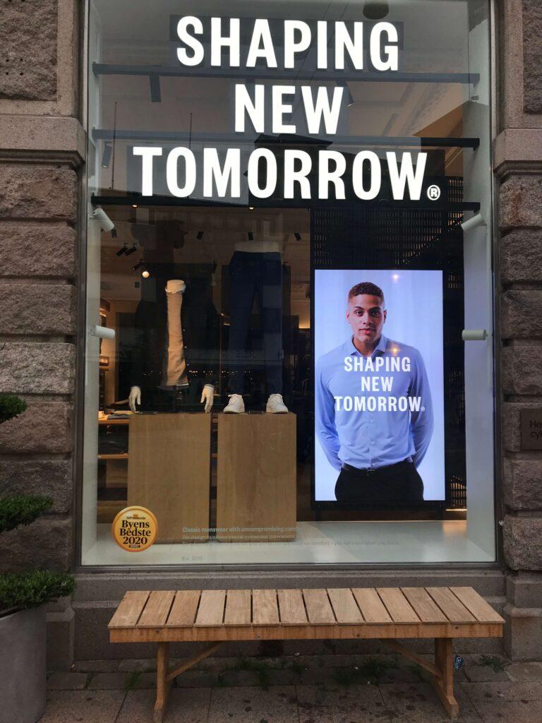 Shaping New Tomorrow vindue